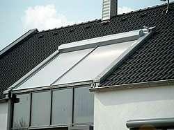 Sonderform rollladen rollladen markisen jalousien service in fellbach und leonberg bei - Dachfenster mit rolladen ...